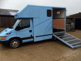 For sale: 3.5t Ford Iveco 2.8 Horsebox (low mileage)