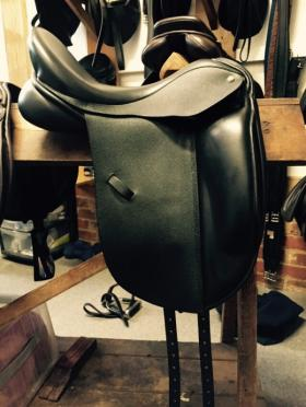 "For sale: 17.5"" MW Suzannah Ideal Dressage Saddle"