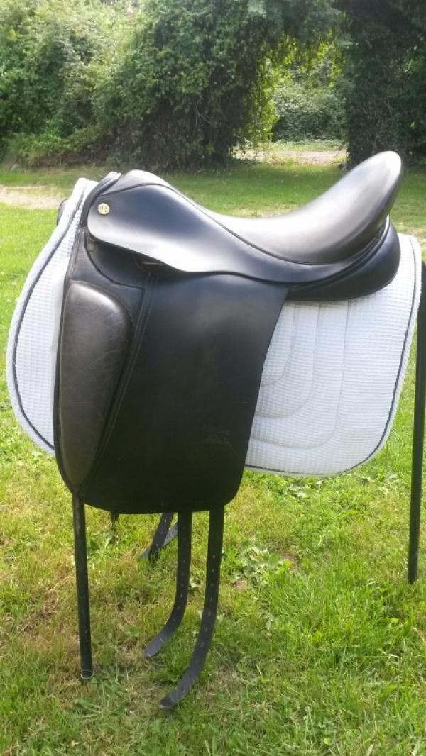 Dressage Saddles For Sale Dressage And Other Saddles For